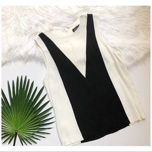 [Topshop] NWOT Black & White Color Block Tank